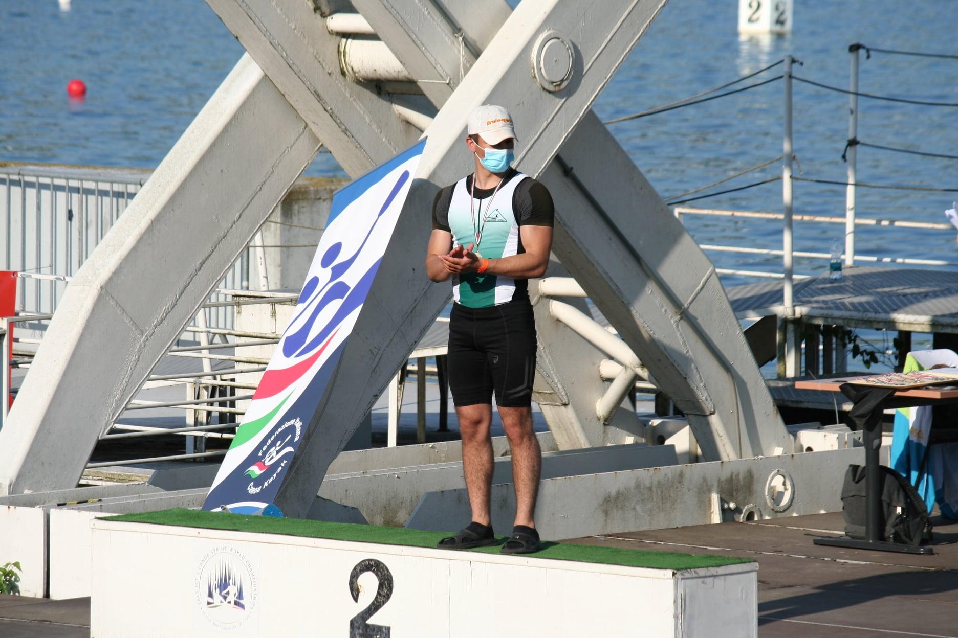 Federico-sul-podio-200-metri